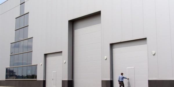 Промышленные ворота Дорхан (Doorhan) - фото